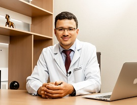 Dr. Matheus Lopes